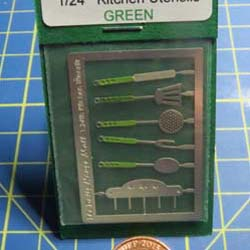 1/24th Scale  kitchen Utensils Kit - Green Handles