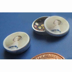 1/24th Scale Queen Victoria Biscuit Tin