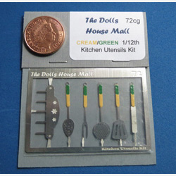 Kitchen Utensils Kit with Cream/Green Handles